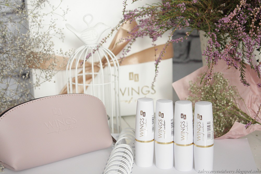 Kosmetyki AA, Wings of color, Kremowa pomadka w 4