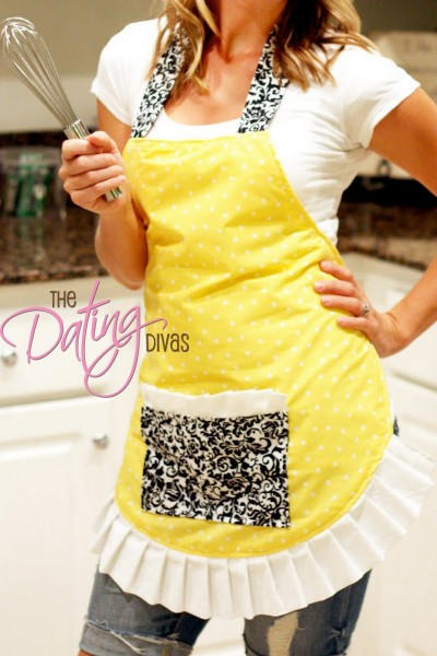 Flirty Apron With Pocket
