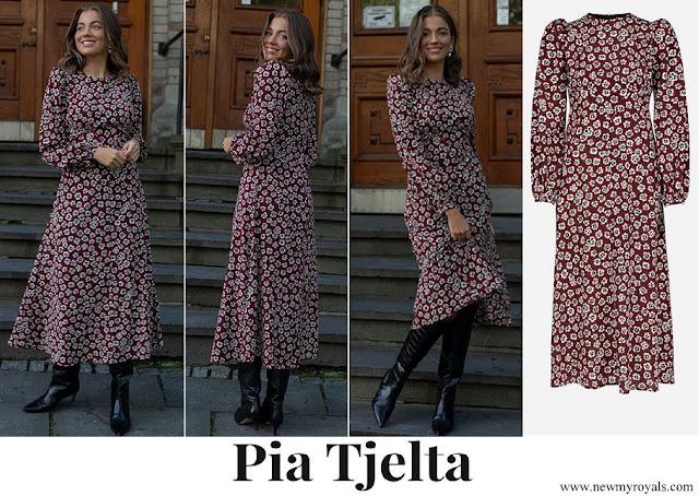Mette Marit wore Pia Tjelta Addison Fleur Long Dress