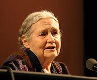 Nobel Edebiyat Ödülü alan en yaşlı yazar kimdir?