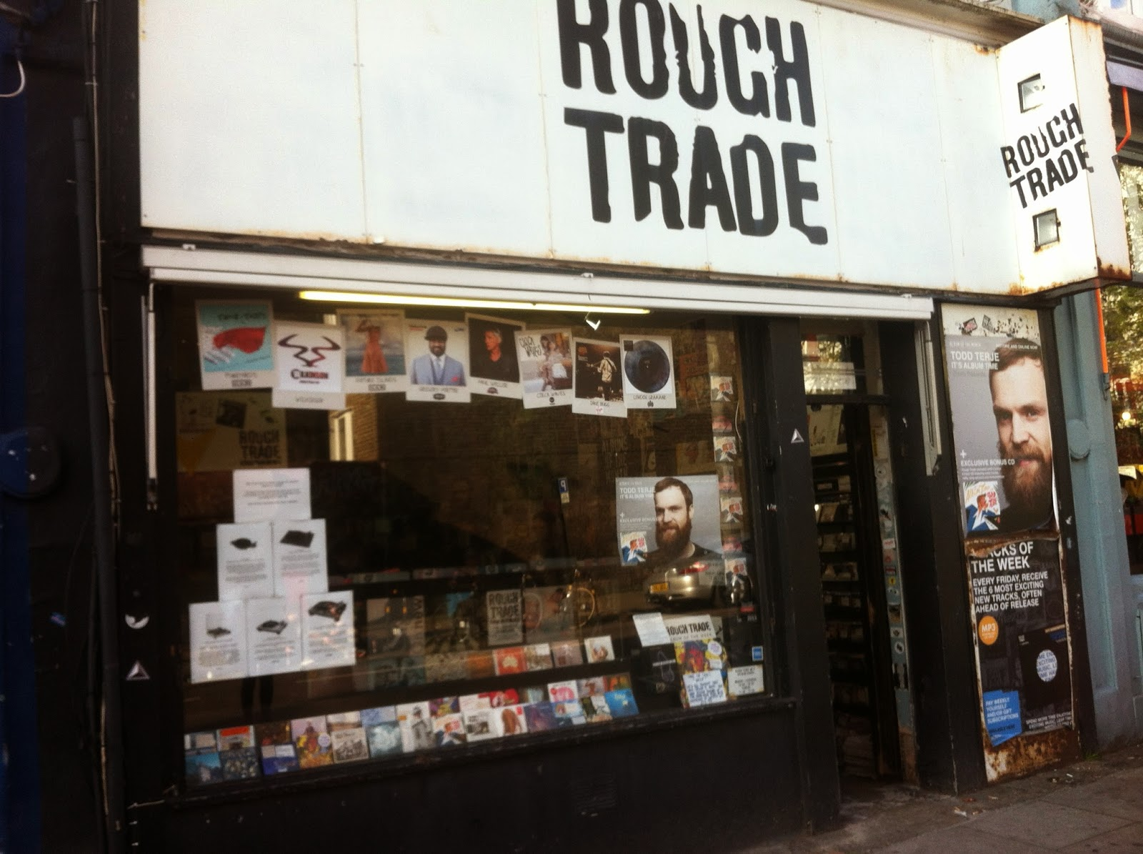 rough_trade_original_record_store_day_2014_londres_dandy