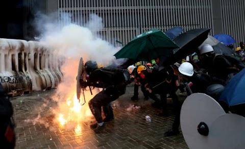 Segítséget kér a hongkongi tüntetések egyik vezetője a kínai útra készülő német kancellártól