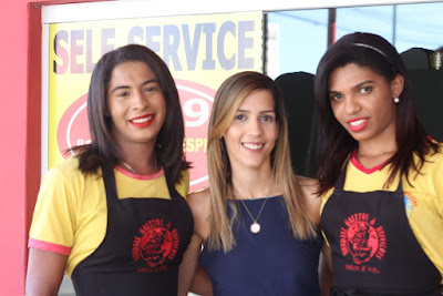 Histórias de inclusão: As garotas trans que conseguiram emprego num restaurante em João Pessoa