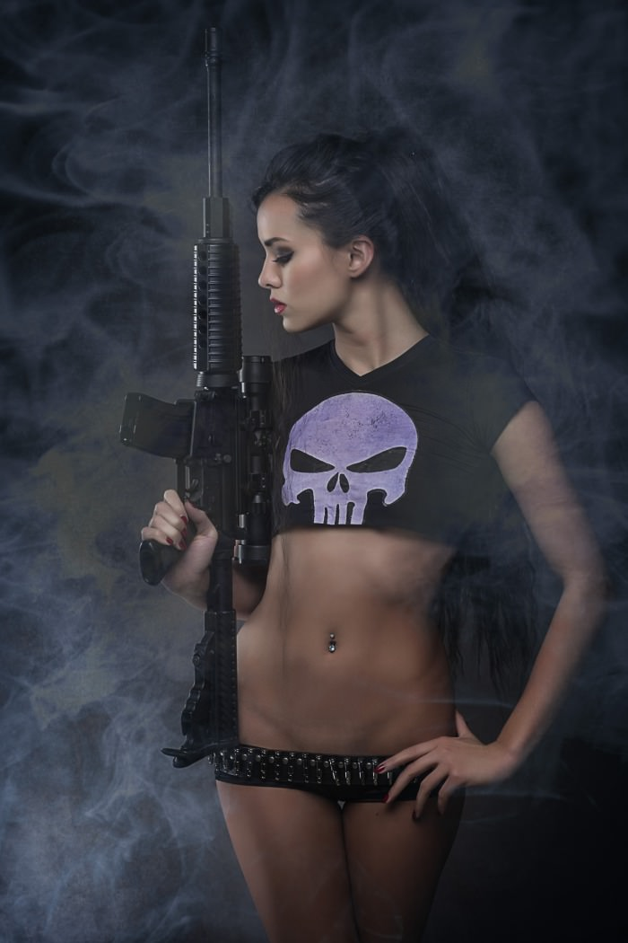 joanie brosas as the punisher cosplay 01