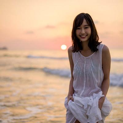 Ảnh bikini đáng yêu của bé Yuuna Suzuki