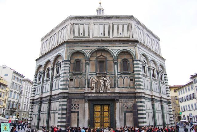 Battisterio de San Giovanni en la Plaza del Duomo de Florencia
