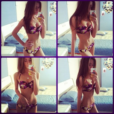 clevage with girl selfiieng