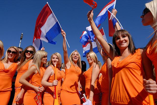 Magyarországra költöznének a holland lányok! Megdöbbentő, miért hirdetnek minket!