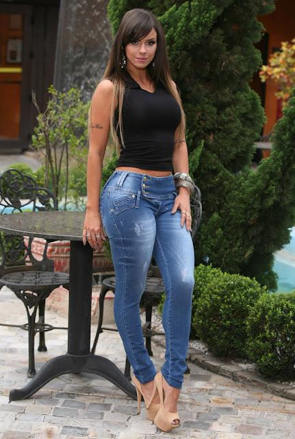 onde comprar réplicas de calças jeans femininas direto da fábrica no Brás em São Paulo