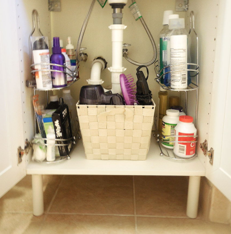 BRILLIANT DIY STORAGE AND ORGANIZATION HACKS FOR SMALL BATHROOMS