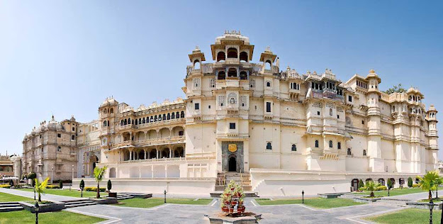 City Palace Tourist Attraction Place Udaipur Rajasthan