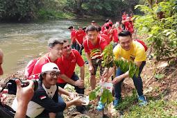 Pelestarian Lingkungan, Serunya Ikut Mulung Sampah dan Nanam Pohon