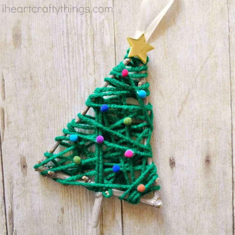 Yarn fine motor Christmas activity for kids