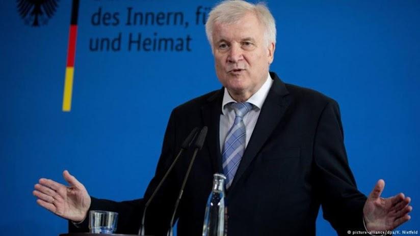 Γερμανία: Ο ΥΠΕΣ Ζεεχόφερ θέλει να ξαναρχίσουν οι απελάσεις στη Συρία