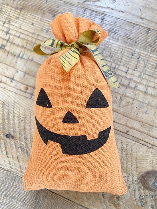 pumpkin fabric bag with ruler bow