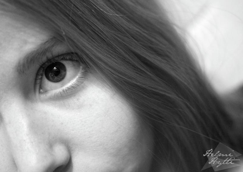 tytto-silma