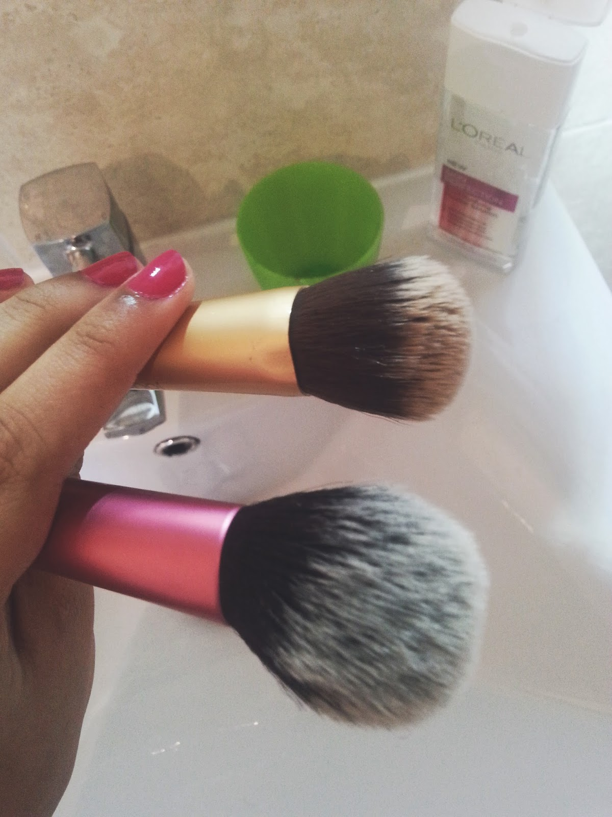 Washing Makeup Brushes With Micellar Water?!