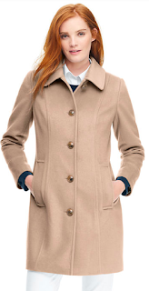 The Long Coat — 5 pieces of outerwear to add to your work wardrobe to conquer the elements, which what to wear to work when it's snowing and what to wear to work when it's raining. How to start building a professional wardrobe. What coats and jackets you really need for work. professional coats. work jackets. law school blog. law student blogger | brazenandbrunette.com