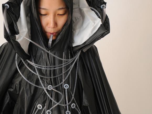 water purifying raincoat