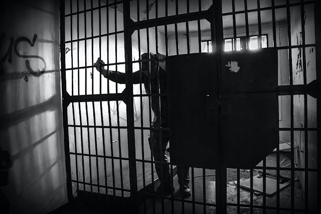 Terpenjara Oleh Pemahaman Yang Sempit