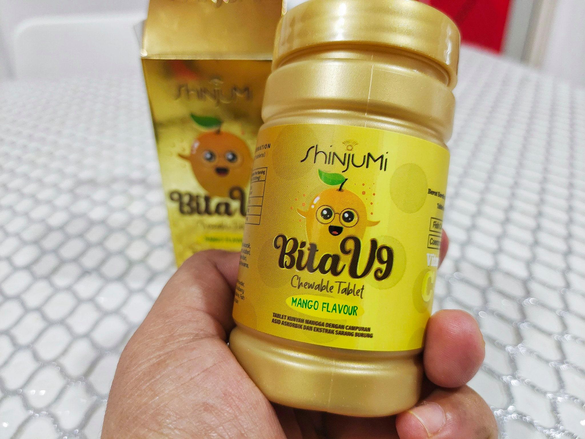Dah Seminggu Aku Makan Shinjumi BitaV9 Ni, Nampak Kulit Tangan Kering Aku Jadi Lembab