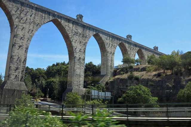 Águas Livres Aqueduct, Lisbon