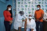Prefeito Mecinho acompanhou o início da vacinação contra a Covid-19 em São João Batista/MA