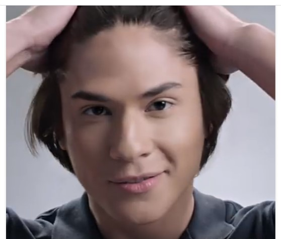 Experience no dandruff, no dryness with Palmolive Men