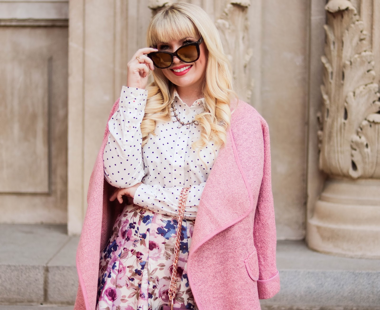popular California style blogger Lizzie in Lace
