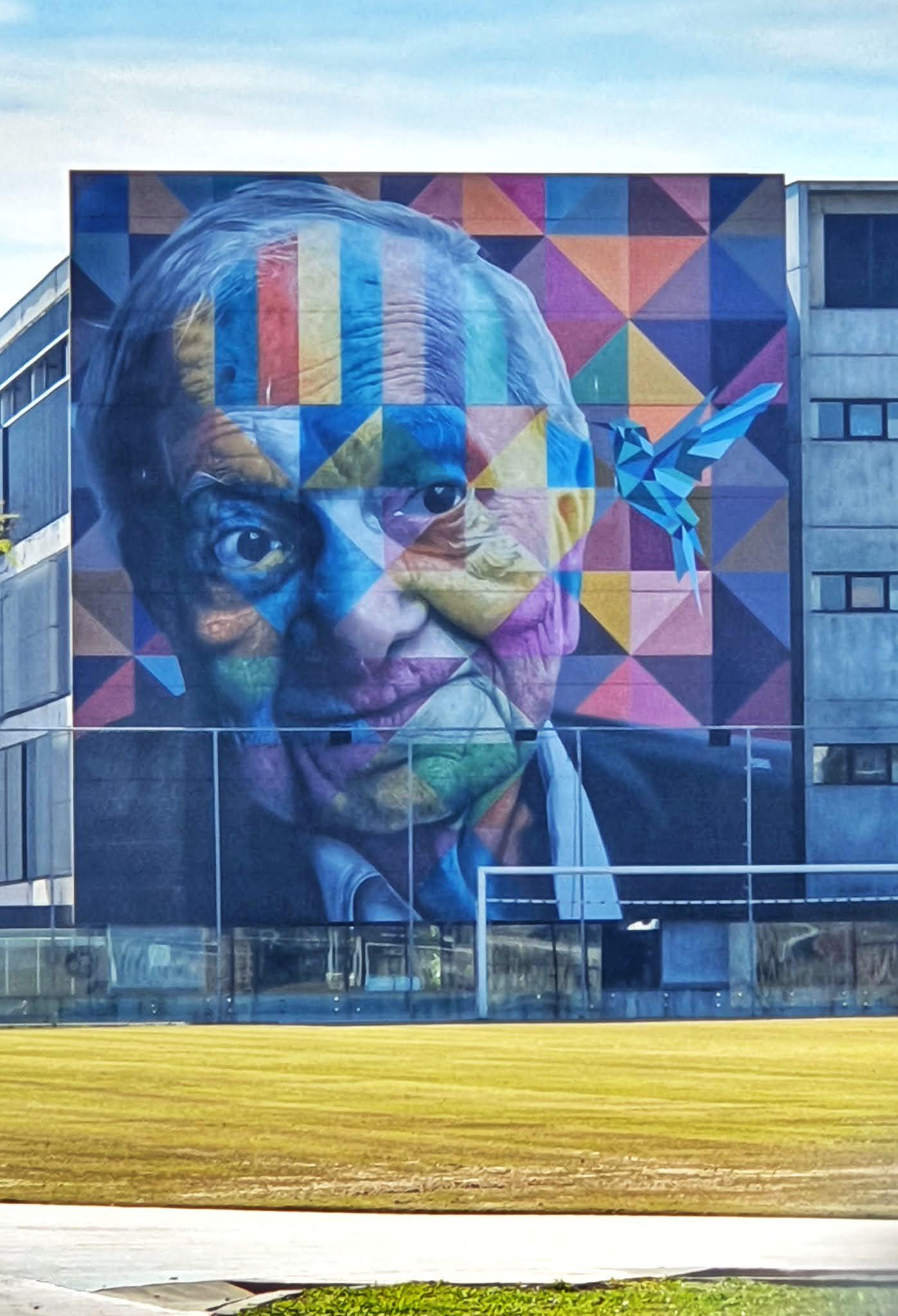 Mural do Eduardo Kobra em Porto Alegre