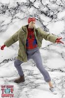 MAFEX Spider-Man (Peter B Parker) 28