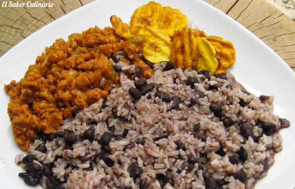Arroz Con Frijoles Y Picadillo A La Habanera (Cocina