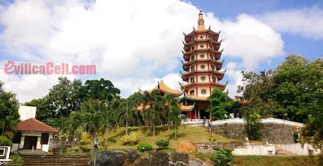 Tempat Ibadah Bersejarah Dari Berbagai Umat