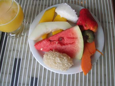 Cajú, anacardo, frutas tropical.  Brasil, La vuelta al mundo de Asun y Ricardo, round the world, mundoporlibre.com