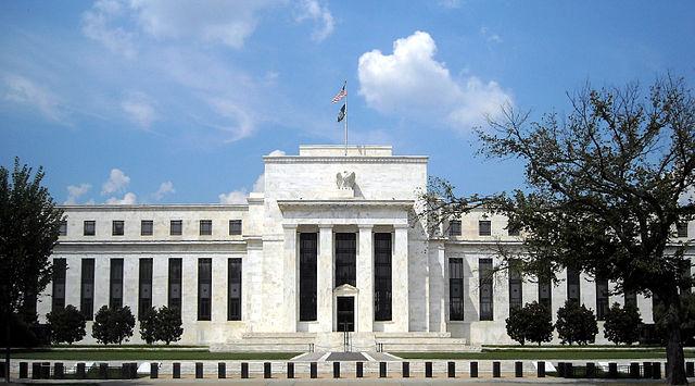 Федеральная резервная система выпустила заявление FOMC