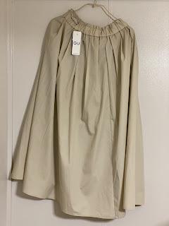 GU,タックギャザーフレアロングスカート