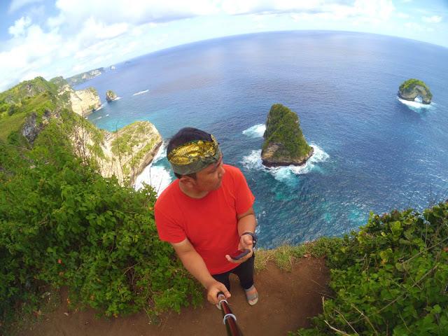 nusa penida banaf cliff