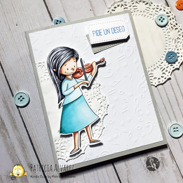 birthday card in spanish with a girl playing violin