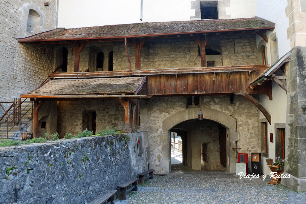 Patios del Castillo de Chillon, Suiza