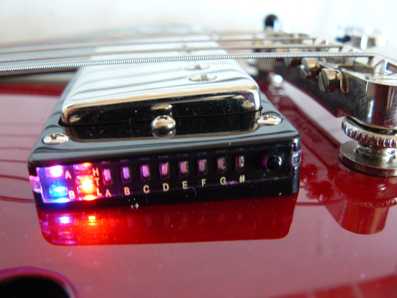 small resolution of epiphone es 339 ultra built in chromatic tuner