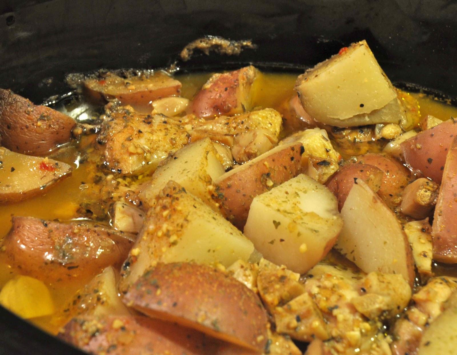 Hunk Of Meat Monday Crock Pot Chicken And Potatoes Beyer Beware