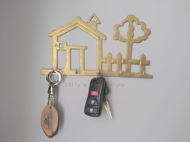 Functional cozy minimalist entryway updates vintage brass key hanger