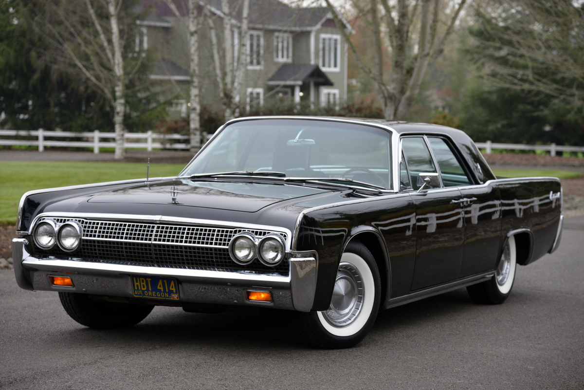 1963-LincolnContinental-01.jpg