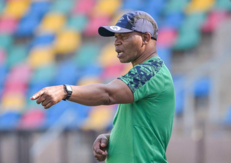 Phunya Sele Sele's head coach John Maduka