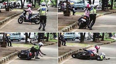 Foto lucu saat razia, seorang wanita dikejar polisi terjatuh menindih petugas banyak dijadikan meme lucu