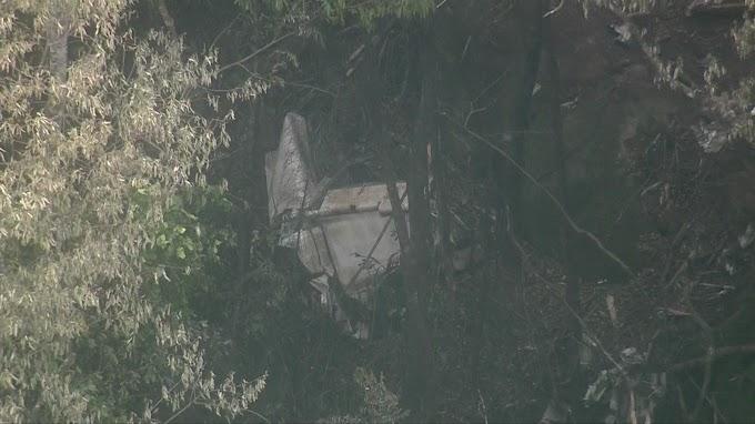 QUEDA DE AVIÃO: Avião de pequeno porte cai na Serra da Cantareira em SP.