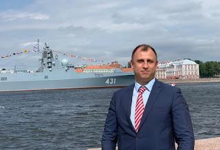 Депутат Вострецов Петербург