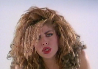 videos-musicales-de-los-80-taylor-dayne-tell-it-to-my-heart