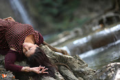 Mannara Chopra Rogue Stills-thumbnail-13
