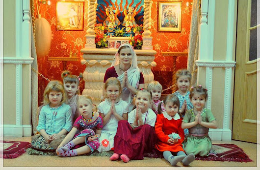 Cute Little Girls in Krishna Consciousness